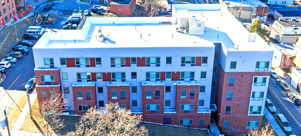 """Sisca acted as lead General Contractor on this 67,000 sq.ft. affordable housing project on Warburton Ave., Yonkers, NY. For this project, Sisca received the 2017 Brick In """"Bronze Award"""" from the Brick Industry Association."""